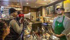星巴克下月将关闭8000家北美门店一个下午 进行种族偏